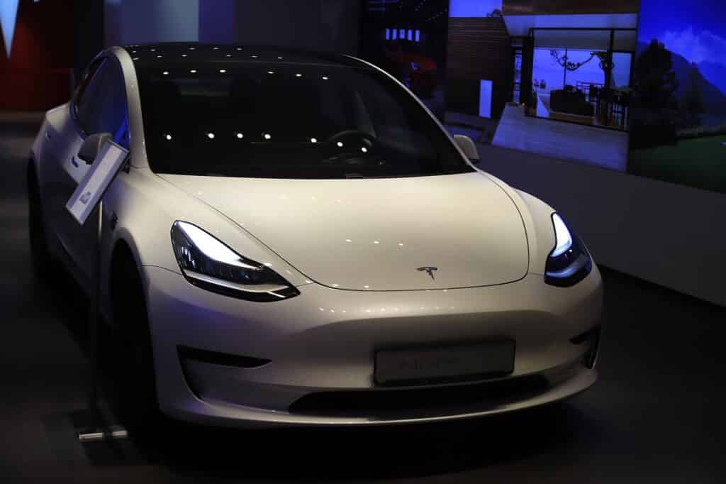 חברת אבטחת מידע בתחום יצרניות רכב